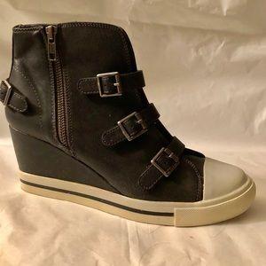 Wedges Sneakers R2